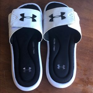 Men-White and black under armour foam sandals